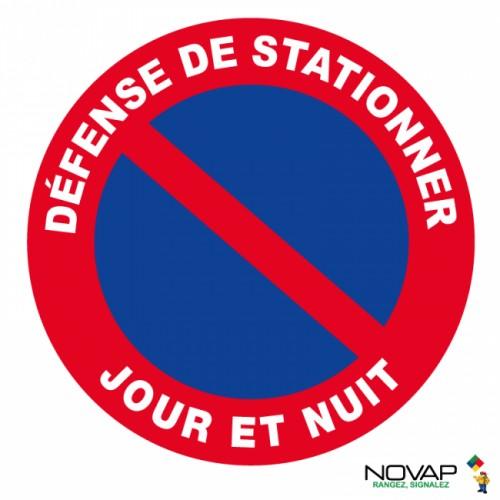 Panneau DEFENSE DE STATIONNER NUIT ET JOUR plastique rigide 300 mm