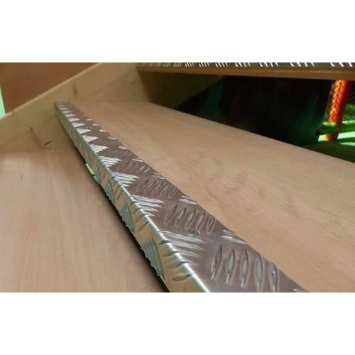 Nez de marche alu larmé 2 m - LOT DE 10 - intérieur et extérieur